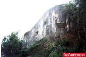 Французский форт Эбен-Эмаэль